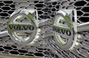 FH/FM 4 LOGO LED LIGHTING VOLVO